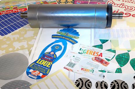 Outil de découpe d'étiquettes